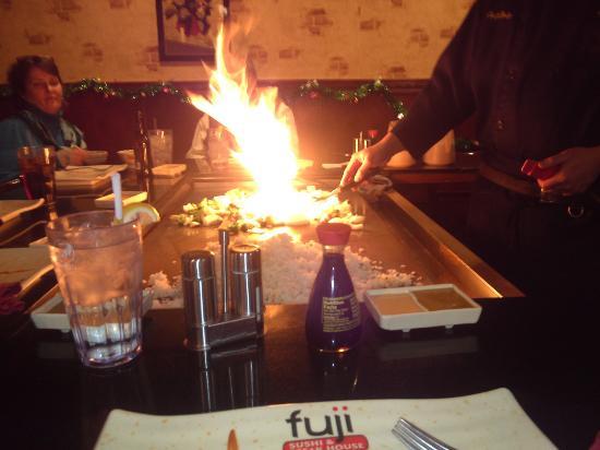 Waite Park, MN: flames