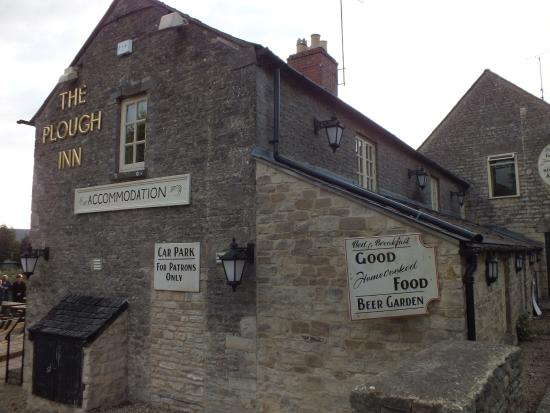 Temple Guiting, UK: The Plough Inn