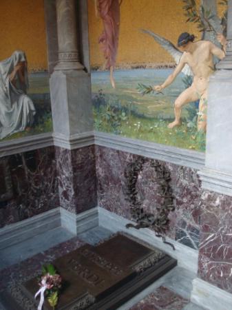 La tomba di giuseppe verdi foto di casa di riposo per for Piani perfetti per la casa di riposo