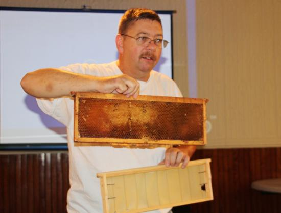 Tamaqua, Pensilvania: Informational seminar with Bob Reed about bees and the honey making process