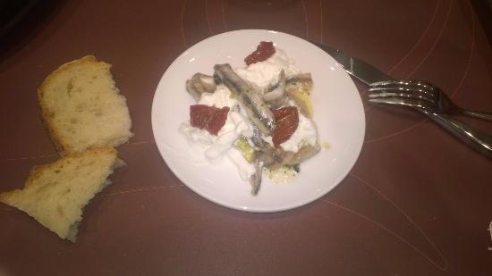 La Credenza Burrata : Alici marinate con burrata foto di fiorfood torino tripadvisor