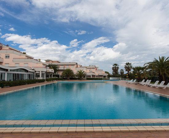 RESIDENCE HOTEL LE TERRAZZE ab 128€ (1̶3̶5̶€̶): Bewertungen, Fotos ...