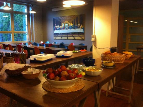 Jugendhotel berlincity : El desayuno es muy bueno