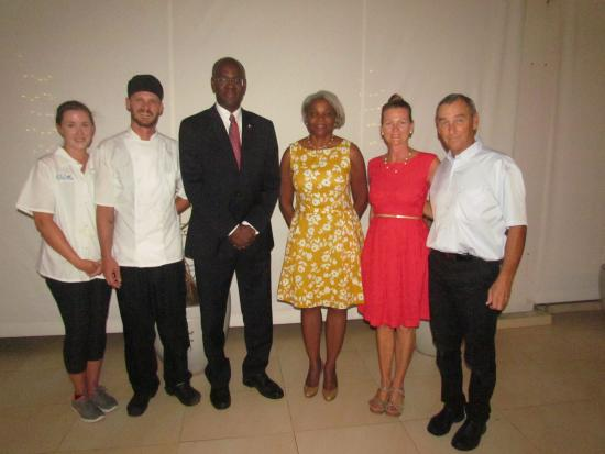 Le Pavillon by the Sea : The Governor and First Lady of Sint Maarten flanked by owners Elaine & Chris Jego and staff