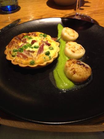 Met Bar & Kitchen: Excellent Dishes on Specials Menu