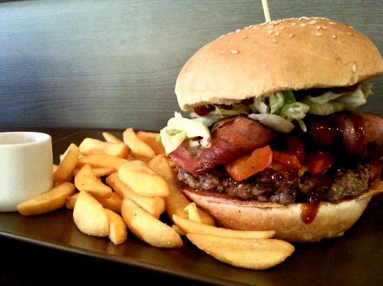 Love Burgers: Bacon Burger