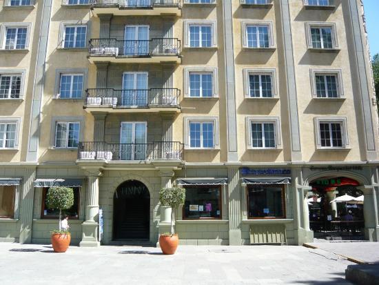 Hotel Marques del Valle : Entrée de l'hotel