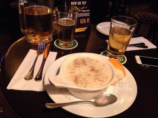 Fionn MacCool's Irish Pub: photo1.jpg
