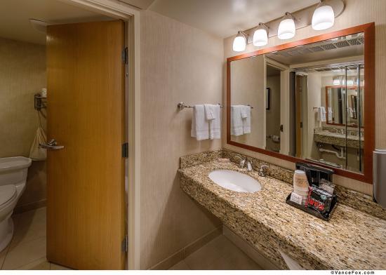 Silverdale, Вашингтон: Hotel Room Vanity