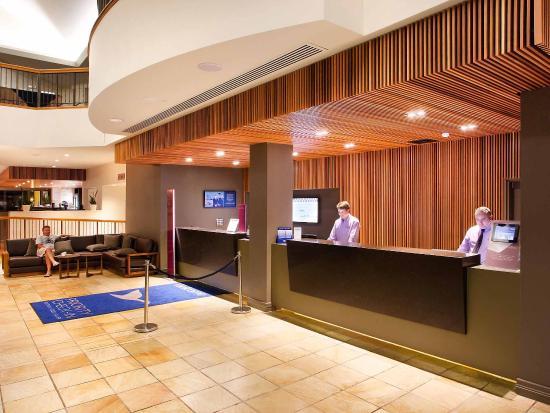 Mercure Gold Coast Resort: Exterior