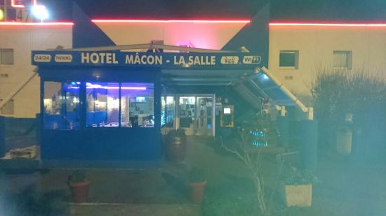 p dej hotel macon la salle a6 bewertungen fotos preisvergleich albain frankreich