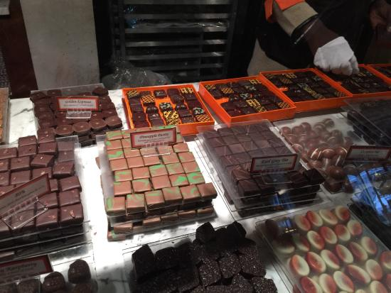 Jacques Torres Chocolate Haven : Don't come here hungry!