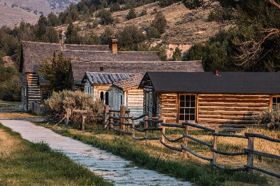 Dillon, MT: Bannick State Park Ghost Town