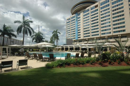 Radisson Hotel Trinidad : Pool