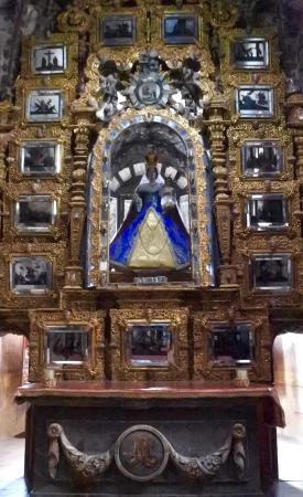 The altar at El Santuario