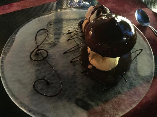 Ayen, Γαλλία: Dessert 1