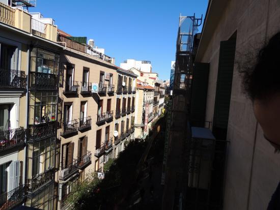 Hostal Casa Bueno: Vista de la habitacion.
