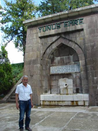 Yunus Emre Turbesi