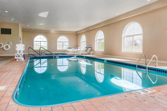 Bluffton, IN: Pool