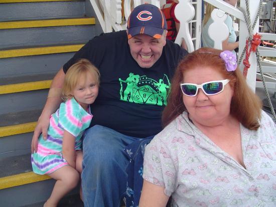 Peoria, إلينوي: Phyllis, Ed and Jaelynn.