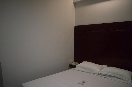 Santa Grand Hotel West Coast: ベッド