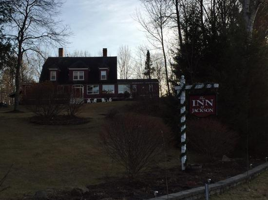 Inn at Jackson: Outside view from Thorne Hill Road