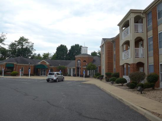 BEST WESTERN PLUS Inn at Hunt Ridge: Exterior