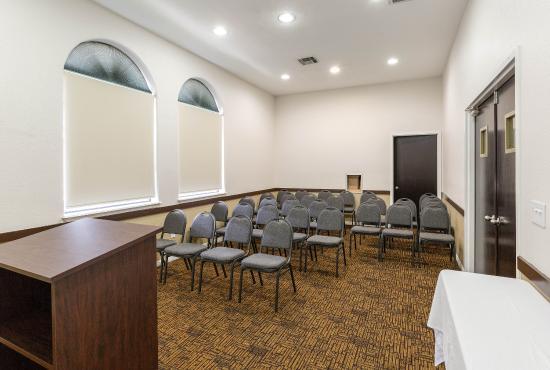 Jersey Village, TX: Meeting Room