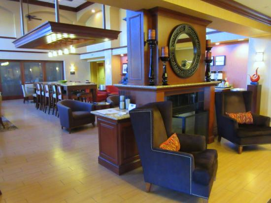 Hampton Inn & Suites St. Louis/South I-55 : Lobby