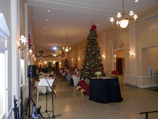Staunton, VA: thanksgiving brunch over flowed into the lobby....well appointed