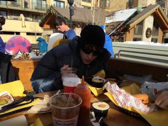 Moe's Original BBQ: photo1.jpg