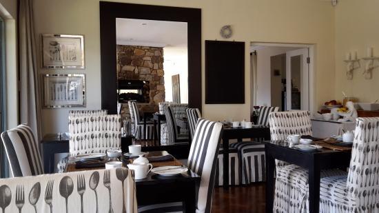 The Parkwood: Restaurant