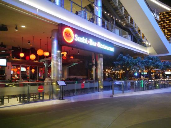Ra Sushi Bar Restaurant 外観