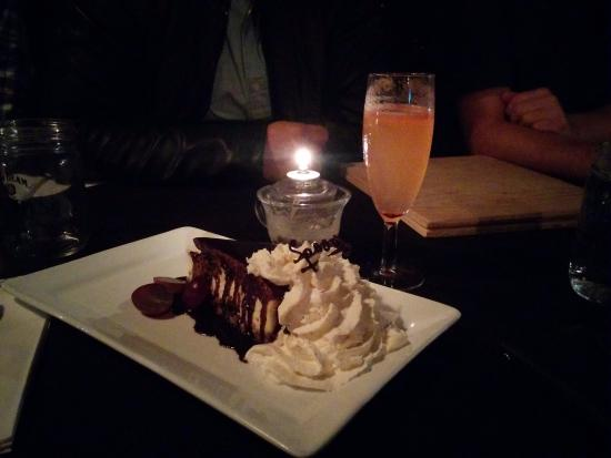 The Middle Spoon Desserterie & Bar : Cheesecake!