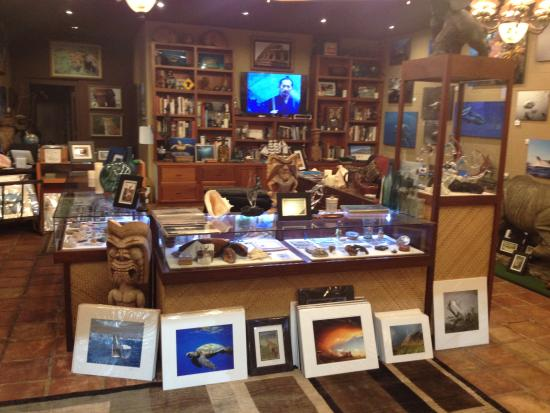 Maui's World Gallery