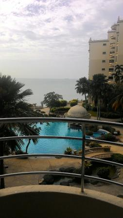 Everly Resort: P_20151219_091425_large.jpg