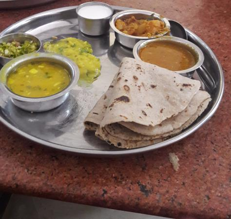 Maharashtrian thali picture of hotel annapurna lonavala - Annapurna indian cuisine ...