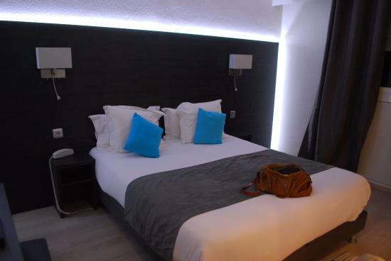 Hotel Le cheval Blanc: Комната