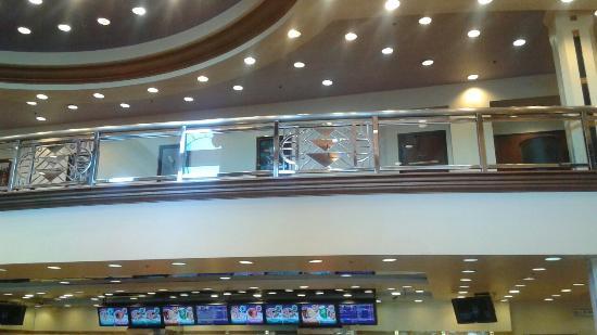 Edwards Calabasas Stadium 6: 20151218_154053_large.jpg