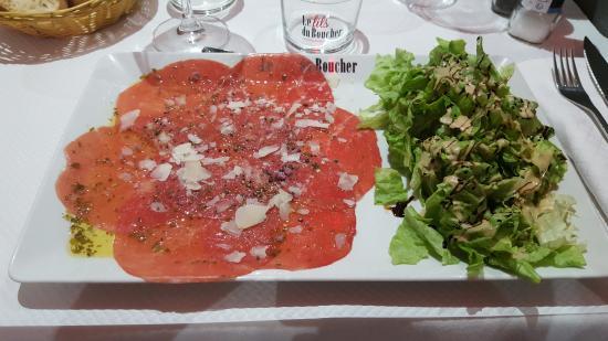 Saint-Sulpice-et-Cameyrac, Francia: carpachio de boeuf