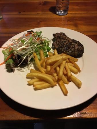 See Paak Restaurant