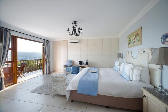 Candlewood Lodge: Balcony Room SEA