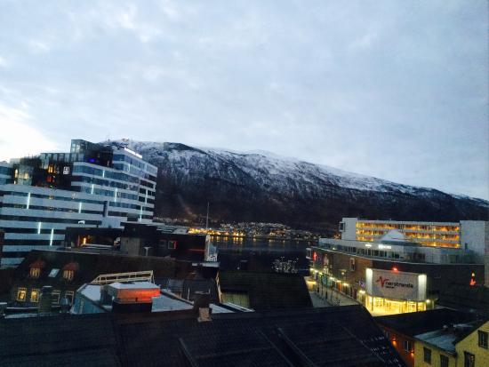 Scandic Grand Tromso: выйдя из отеля