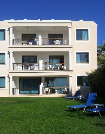 Rododafni Beach Holiday Apartments & Villas: View of My Ground Floor Apartment