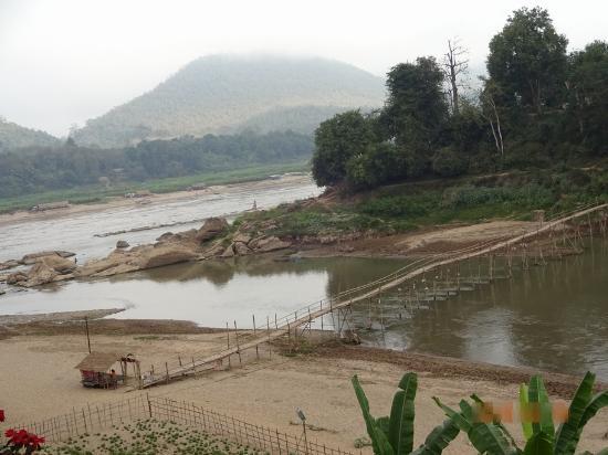 Sopha House: カーン川とメコン河の合流点