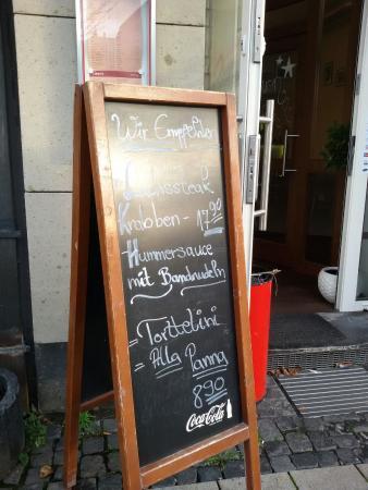 Remo's Restaurant