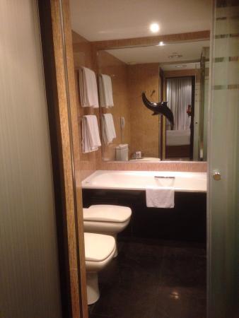 Melia Barcelona Sarria: Habitaciones del hotel