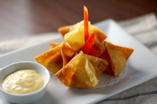 Southbury, CT: Crab Rangoon