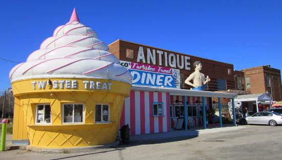 pink elephant antique mall Ice cream sold here   Picture of Pink Elephant Antique Mall  pink elephant antique mall