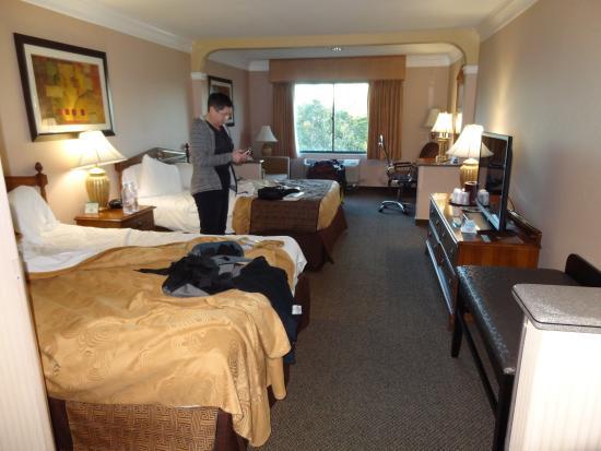 Best Western Plus Suites Hotel Quiet Room